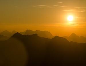 Sonnenuntergangsradltragetour